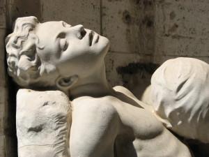 Verano. Statua