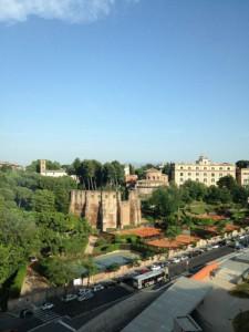 Sant'Agnese e santa Costanza da piazza Annibaliano